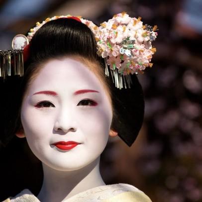 Japan-Gion-Japanese_people-Kanzashi-Maiko-Woman
