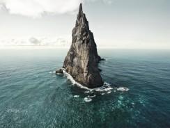 Nel Mar di Tasmania svetta l'incredibile Ball's Pyramid (Piramide di Ball)