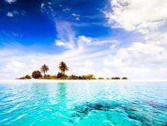 VIDEO HD. In volo sulle meravigliose MALDIVE!