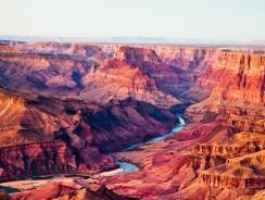 [VIDEO HD] USA. Il Grand Canyon, uno dei Monumenti Naturali più Famosi del Mondo