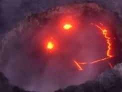 [Video] Videomaker di Los Angeles filmano lo Spettacolo di Fuoco delle Hawaii