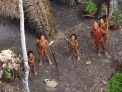 E' un'emozione davvero forte. Ecco le riprese aeree delle tribù incontattate d'Amazzonia